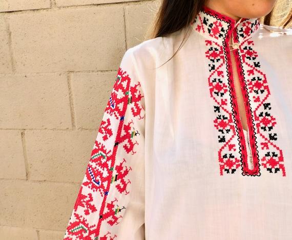 Romanian Hand Embroidered Dress // vintage boho H… - image 6
