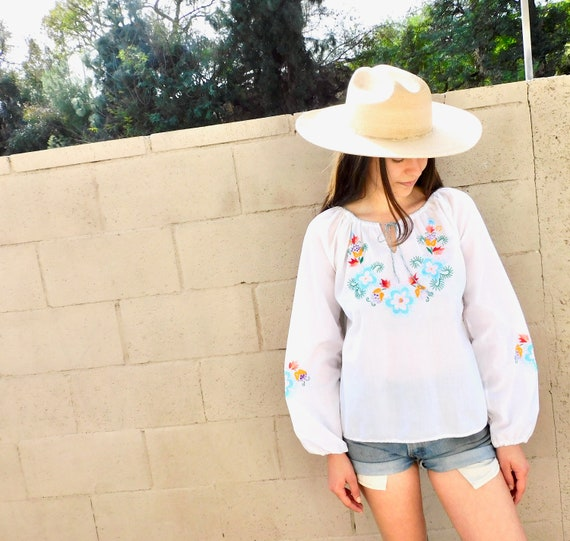 Hand Embroidered Blouse // vintage 70s boho hippie white top shirt dress hippy hand embroidered // S/M