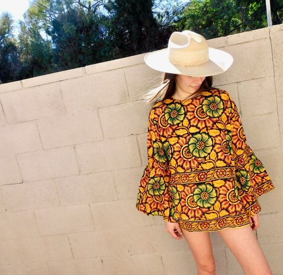 Indian Sunflower Tunic // vintage 70s mini dress blouse boho hippie hippy 1970s cotton India // O/S