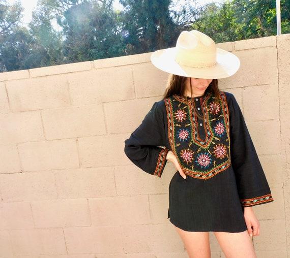 Indian Midnight Tunic // vintage 70s embroidered dress blouse boho hippie hippy 1970s woven cotton mini black // S/M
