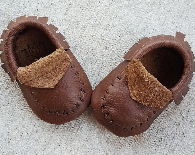 "Brown Moccassins  ""Brownie Points"" , handstitched,   Soft Sole baby/toddler shoes, Cage and Lantern Design"