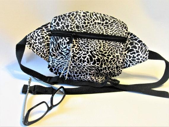 bumbag belt bag Fanny Pack with leopard animal print
