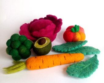 Needle felted vegetables set. Pretend play food. Play kitchen toys. Organic educational toys. Decorative woolen vegetables.