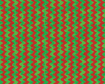 PEANUTS - Christmas Time - Zig Zag Stripe in Red Green - Charlie Brown & Snoopy Cotton Quilt Fabric - Quilting Treasures - 22656-RG (W4026)