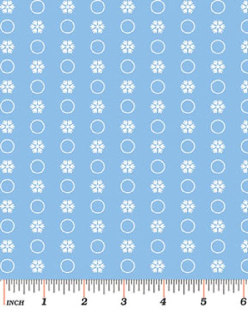 Circle Flakes in Powder Blue SNOW DAYS 3660-50 Mitzi Powers for Benartex Fabrics Snowflake Cotton Quilt Fabric W3525 Snowflakes