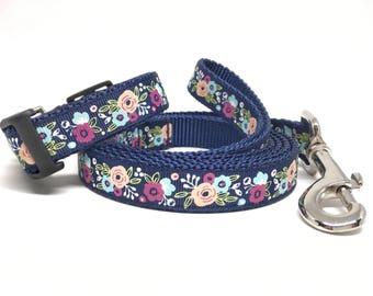 "Flower Dog Leash & Collar Set - 3/4"" - Personalized Dog Collar - Engraved Dog Buckle Option"