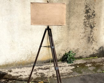 Vintage Tripod Lamp, Wood Tripod Floor Lamp, Rustic Floor Lamp, Beach Floor  Lamp