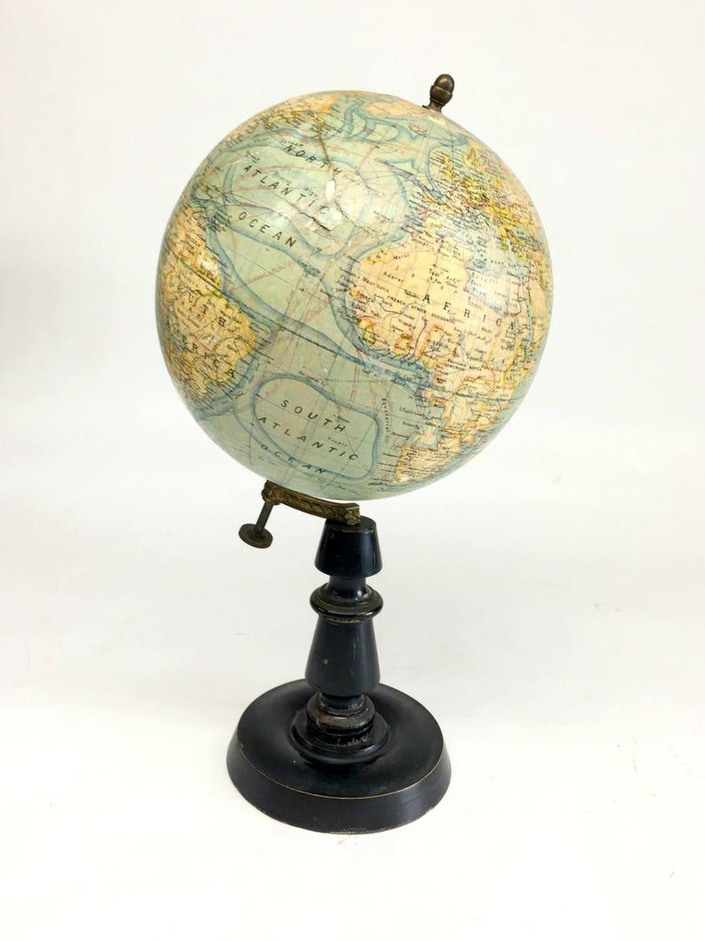 Globus Weltkugel Karte.Erdkugel Antike Französische Globus Antike Weltkugel Jahrgang Erdkugel Antike Welt Vintage Globus Hergestellt In Frankreich Wald