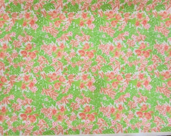 """3 1/4 Yards Vintage Floral Polyester Fabric 59"""" Wide"""