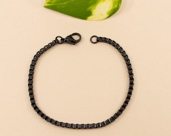 Black box chain bracelet, 2.4mm stainless steel chain links, size 6 in to 9 in, unisex anti tarnish bracelet, layering black chain bracelet