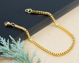 Gold box chain bracelet, 2.5mm stainless steel chain links, gold unisex bracelet, layering stackable gold bracelet