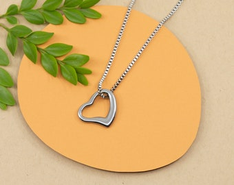 Floating heart pendant, big stainless steel open heart necklace, silver love jewelry for women, hypoallergenic chain, length 14 to 36 in