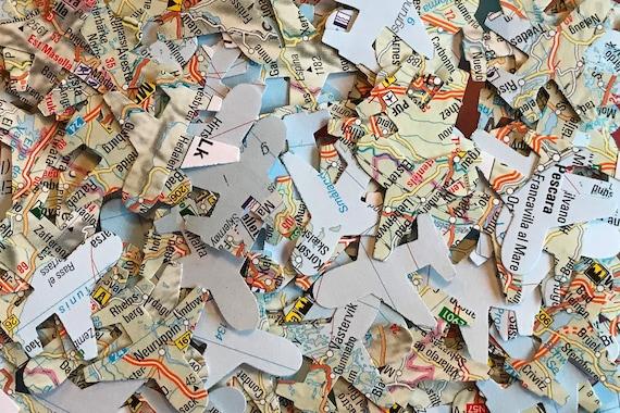 Heart Wedding Table Confetti//Decoration//Sprinkles-London Maps//Atlas//Paper//Rustic