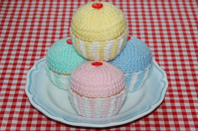 Knitting Pattern For Cupcakes Fairy Cakes Knitted