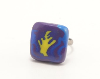Polymer clay ring Midnight Flame in ultramarine, polimer clay jewelry, art jewelry, handmade jewelry, handmade ring, polymer clay jewellery