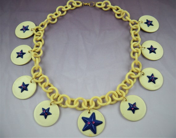 Very Unusual 1940's Celluloid Necklace Patriotic T