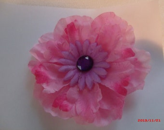 Pink flower pin etsy light pink lilac flower pin mightylinksfo
