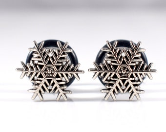 Pretty Silver Snowflake Plugs - Available in 4g, 2g, and 0g