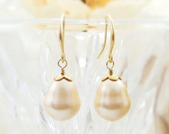 Baroque Pearl Earrings Gold Teardrop - Champagne Pearl Tear Drop Earrings - Matte Gold Bridal Jewelry - Shell Pearl Drop Earrings E4219