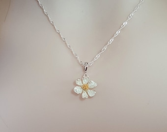 Daisy Necklace Silver - Daisy Charm Necklace - Enameled Flower - Daisy Jewelry - Daisy Girl Scout - Flower Girl Necklace Gardener Gift N5708