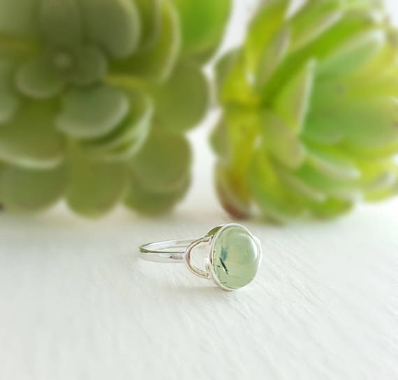 925 Silver Green Prehnite Genuine Gems Ring Genuine Gems Round cabochon Prehnite Ring Home /& Living Gift for College Rings