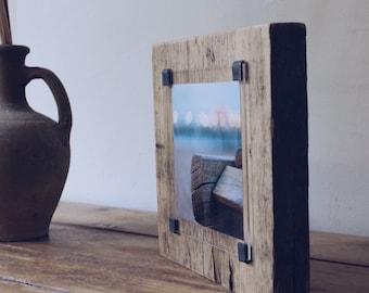 Handmade photo frame -  Reclaimed wood frame  - rustic photo frame  - one of a kind - wood wall art - photo gift ideas - beach photo -