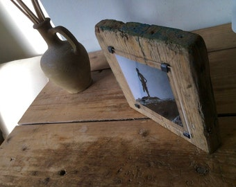Gift for surfers - surfing wall art - Reclaimed wood photo frame - driftwood photo frame - surf photo  - photo gift - hand made photo frame