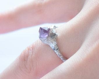 Amethyst Ring size 5 us, Raw crystal ring  Amethyst jewelry Raw Amethyst ring stackable amethyst, stackable ring raw stone stacking ring