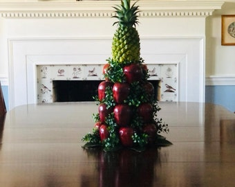 and Apple Spray Pineapple Door Decoration Magnolia Leaves Boxwood Magnolia Large Colonial Williamsburg Style Pineapple and Apple Spray