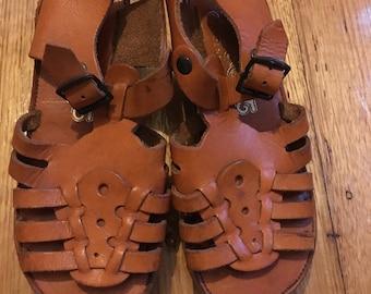 675293c05a06f8 Vintage Accent Leather Sandals