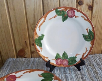Pair Of Large Dinner Plates, 2 Franciscan Apple Earthenware California Pottery Very Good Condition Made In USA Stk fp2