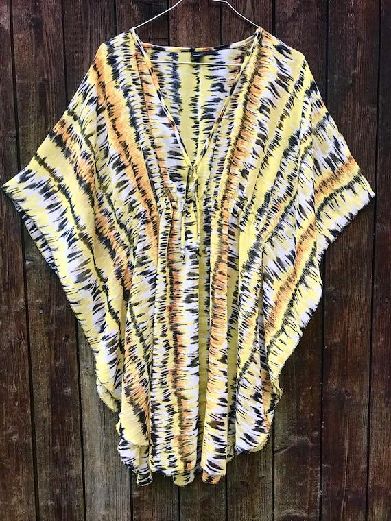 Colorful psychedelic chiffon kaftan tunic