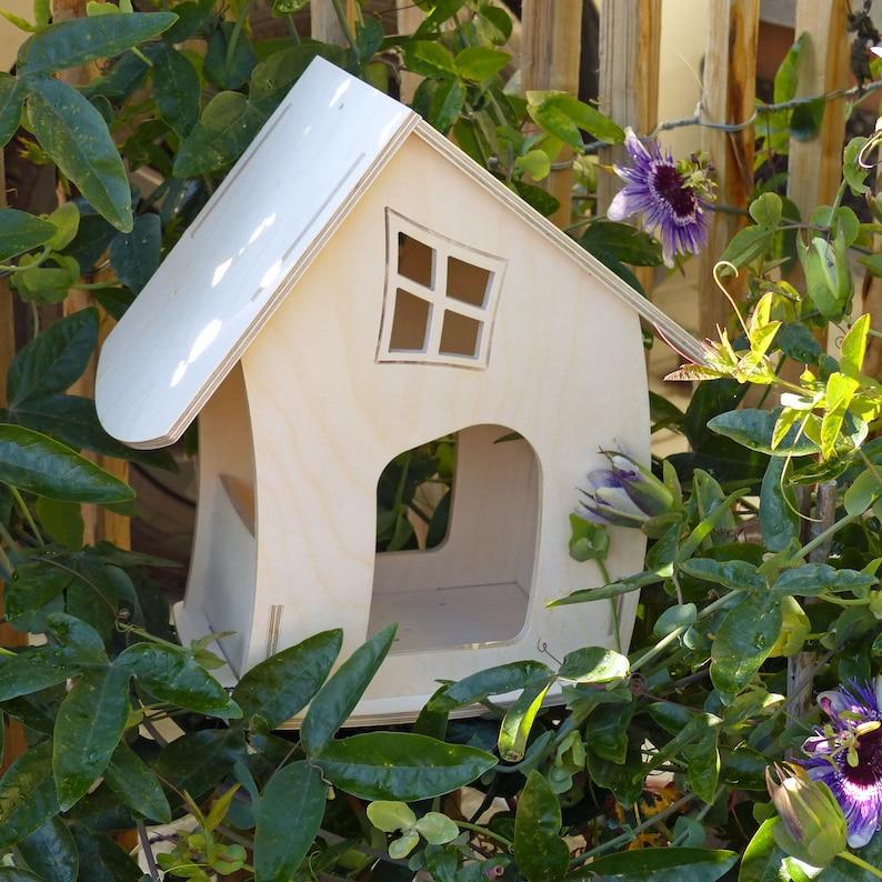 Birdhouse Feeding House PHANTASIE image 0