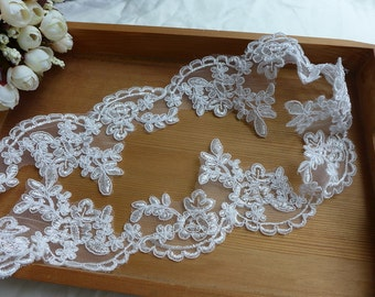 Alencon Lace in Ivory Scalloped Floral Lace for Bridal, Veils, Costume or Jewelry Design