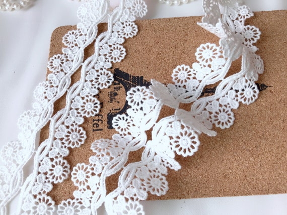 "/""Laces Galore/"" Navy Stretch Lace Soft 2.75/"" Trim  Craft Lingerie Sew"