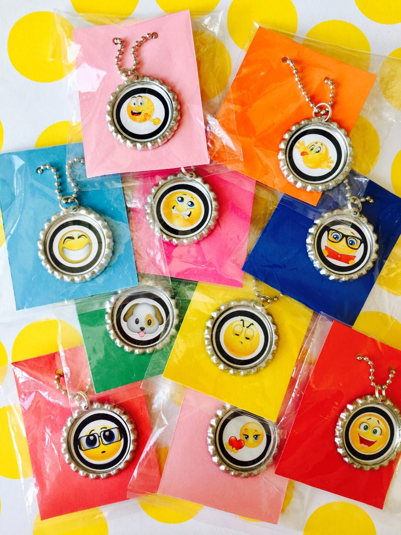 Emoji Party Favor 10 Quantity Necklace Birthday Favors
