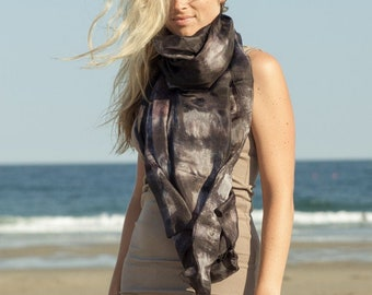 LARGE SILK SCARVES