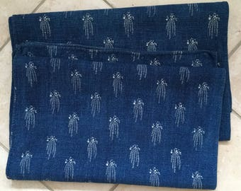 DNS2917 Dark Indigo Blue Tumbling Flowers Vintage Linen Grainsack