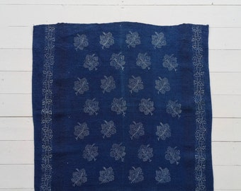 DTR 1901 Vintage Indigo Dyed  Linen Table Centre Piece with Grapeleaf Design and Leaf Print Edging Vintage Fabric Handmade Linen