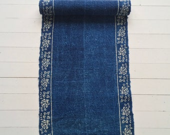 DLR1313 -Vintage Linen with a Dog Rose Border -One Piece - Indigo Hand Dyed Blocked - Hungarian Vintage Hand Spun Fabric
