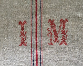 Monogrammed 'IM' Red and Blue Stripe Natural Vintage Linen Grainsack Sewing Projects Upholstery Bath Mat NS2155 Washed and ready to Go