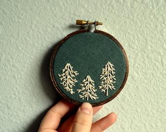 Pine Trees Embroidery Hoop, Forest Hoop Art, Small Wall Hanging, Nursery Decor, Minimalist Wall Art, Wall Hanging, Housewarming, Green