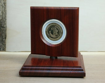 FSU Seminoles Collegiate Coin Rotating Display out of natural African Padauk - Perfect for any university coins and medals! RCD1-AP