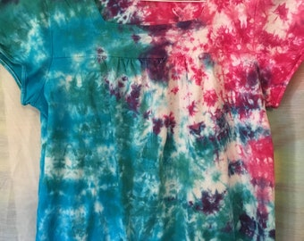 6886e8515cb Repurposed Tie Dyed Kim Rogers Petite Womens PL - Crinkle Style Tie Dye  100% Cotton Top