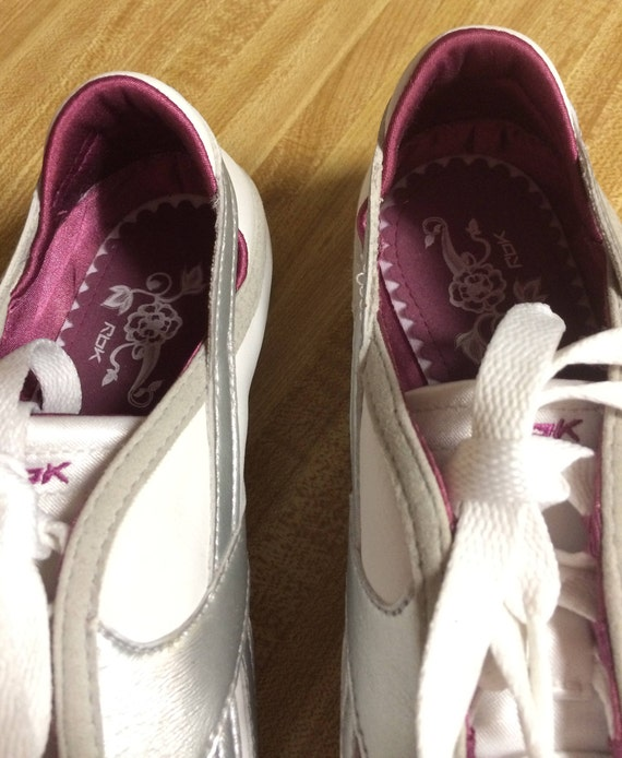 77801ecd06e Vintage New RBK Sneakers Athletic Shoes 9 USA Sports Running