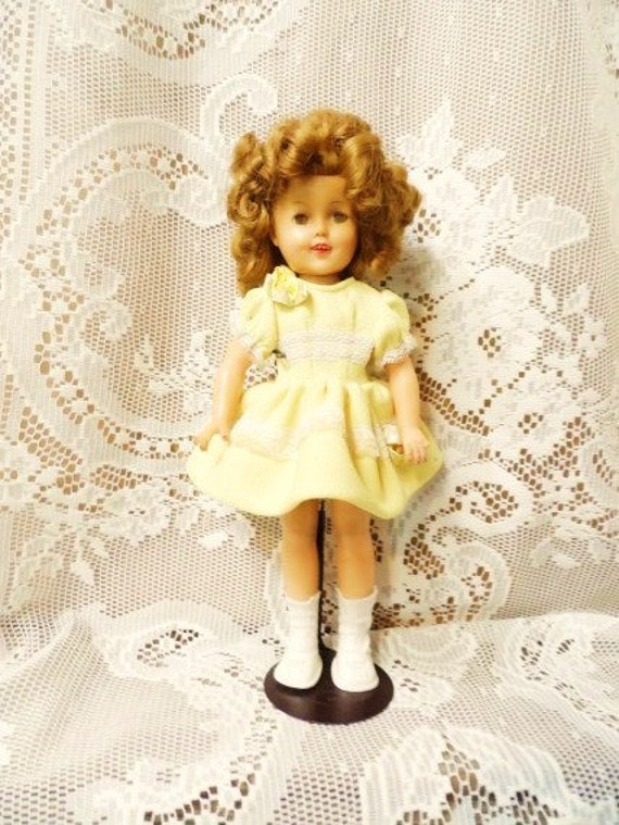 SHIRLEY TEMPLE Doll 1950s Ideal Dolly 12