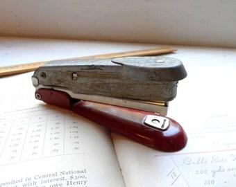 ARROW FASTENER CO. Stapler-No. 25-49-Retro Office Supplies-Vintage Desk Accessory-Prop-Display-School Supplies-Orphaned Treasure-090817M