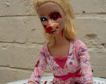 Zombie Barbie Tina