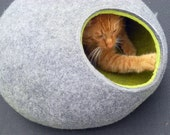 Cat bed cat cave cat house Gray with Green felted cat cave any сolors (With GIFT cat toy).
