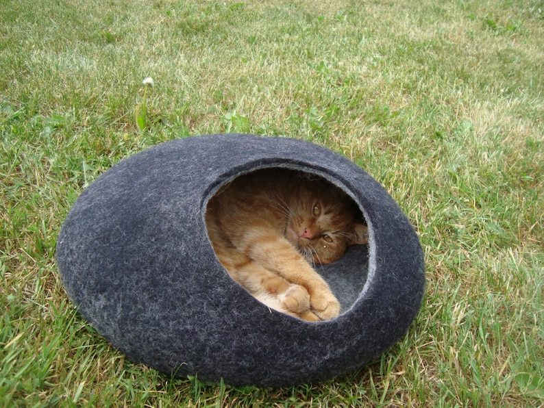 Cat bed/cat cave/cat house/Dark Gray with light Gray  felted image 0